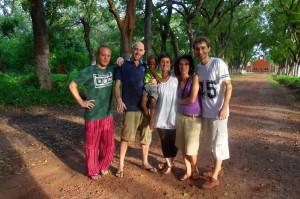 Volontari SVE in Guinea Bissau con il nostro responsabile paese Matteo